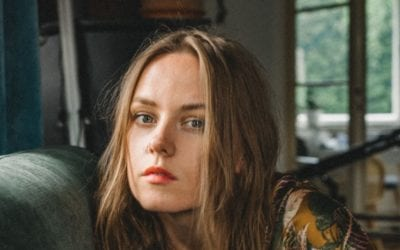 Meet Stefanie Martens and her brand new Artist to Artist podcast