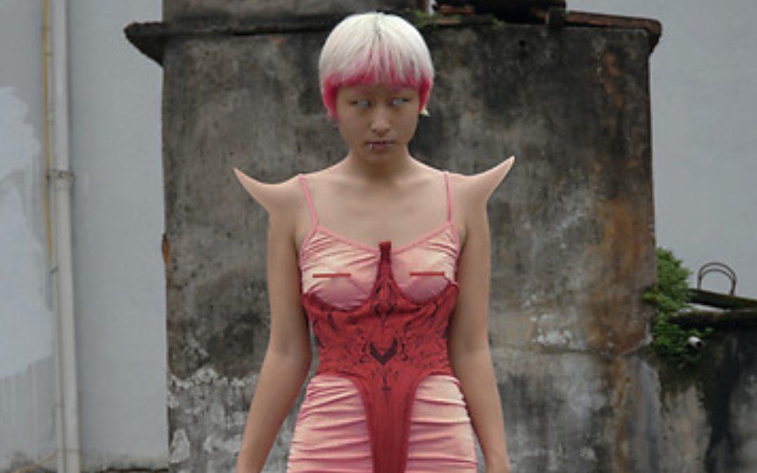 Aww Nhi brings in the Halloween season in style
