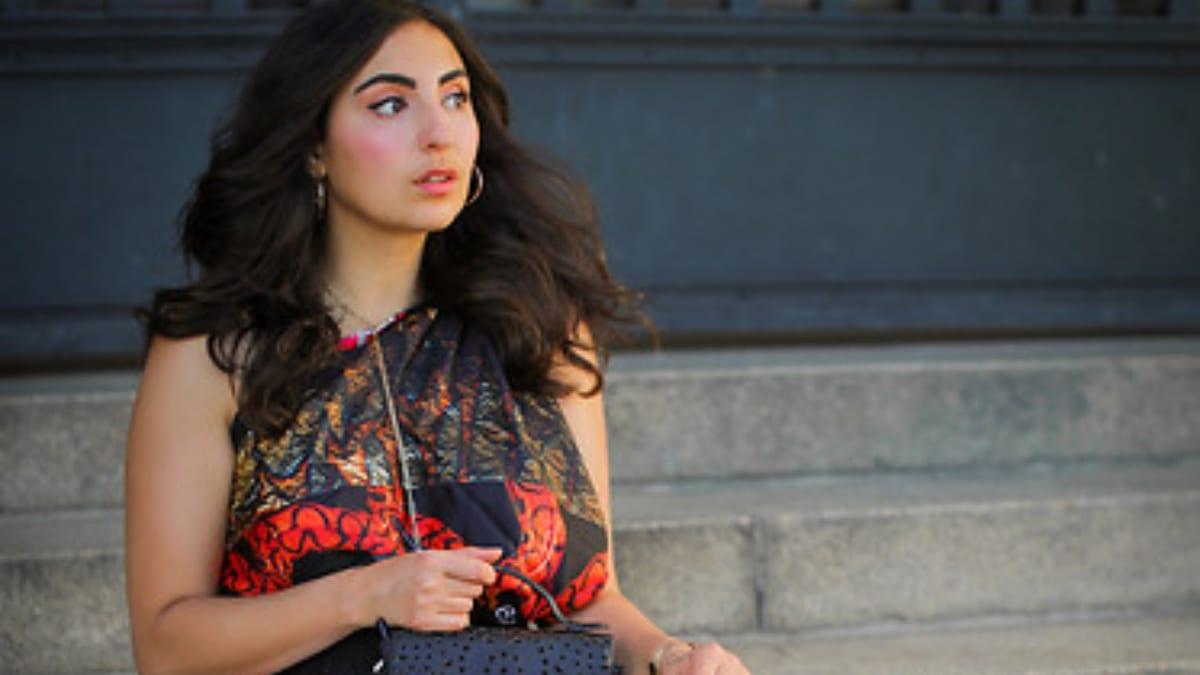 Samieze's look is stylishly autumnal